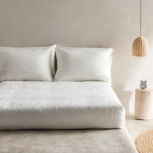 Υπέρδιπλες Κουβέρτες Πικέ ,Κουβερτόρια  ,Επιλεγμένες Συλλογές με ποιότητα και γούστο για κάθε δωμάτιο,  230X240cm Gofis Home Laurele 978A/16 Οff white  με jacquard ανάγλυφο floral σχέδιο  Συλλογή Άνοιξη-Καλοκαίρι 2019