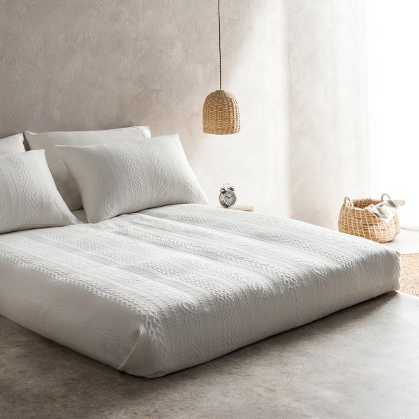 Μονές Κουβέρτες Πικέ ,Κουβερτόρια  ,Επιλεγμένες Συλλογές με ποιότητα και γούστο για κάθε δωμάτιο, 170X230cm Gofis Home Meche 989B/16 Οff white με jacquard ανάγλυφο γεωμετρικό σχέδιο Συλλογή Άνοιξη-Καλοκαίρι 2019